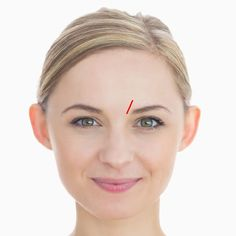 Every Wrinkle on Your Face Sends a Message About Your Health, Here Are 15 Things They Reveal Lip Wrinkles, Poor Circulation, Colon Health, Lower Lip, Eye Circles, How To Line Lips, Crows Feet, Red Nose