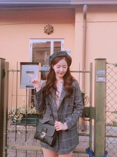 Our one and only SinB❤❤ 사랑해요❤❤ 우리 신비 sinb gfriend iloveyou Sinb Gfriend, Gfriend Sowon, Extended Play, South Korean Girls, Korean Girl Groups, Outfits Otoño, Fan Picture, G Friend, Cute Friends