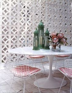Bertoia Chairs + Saarinen Table, the perfect pair??--repin via Bel Herbetta