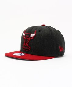 ONSPOTZ KIDS(オンスポッツ キッズ)のNEWERA KIDS 9FIFTY SNAPBACK CAP LOGO GRAND CHICAGO BULLS BLACK(キャップ)|ブラック×レッド