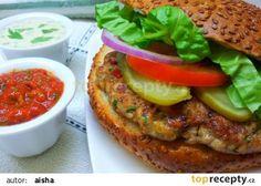 Kureci burger podle Aishy recept - TopRecepty.cz