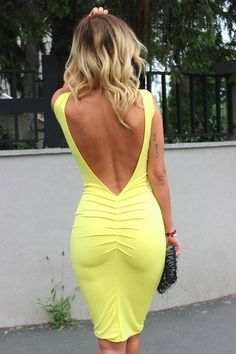 Zorannah Yellow Flirty Bodycon Open Back Midi Dress.now what does a busty girl wear for a bra with this. Sexy Outfits, Sexy Dresses, Beautiful Dresses, Cute Outfits, Backless Dresses, Boho Fashion Summer, Look Chic, Yellow Dress, White Dress