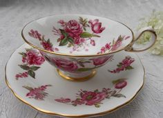 Beautiful Royal Chelsea Rose and Pink Flowers on White Tea Cup and Saucer
