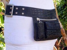 hip purse or fannie pack