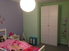 Het resultaat :-) Mooie meisjeskamer Bed, Furniture, Home Decor, Decoration Home, Stream Bed, Room Decor, Home Furnishings, Beds, Home Interior Design