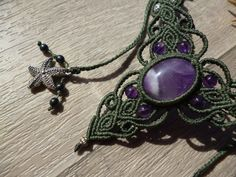 Green macrame necklace with amethyste gemstone and by BelisaMag