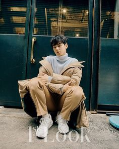 Image shared by LKIM EUNWOO CT. Find images and videos about kpop, idol and astro on We Heart It - the app to get lost in what you love. Korean Star, Korean Men, Asian Men, Cha Eun Woo, Asian Actors, Korean Actors, Cha Eunwoo Astro, Ahn Jae Hyun, Lee Dong Min