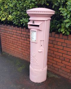 What is this madness?! . . . #post #postbox #pink