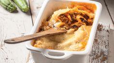 Νηστίσιμο παστίτσιο με κιμά σόγιας και βίγκαν μπεσαμέλ χωρίς αυγά από την Αργυρώ Μπαρμπαρίγου | Η απόλυτη συνταγή για νηστεία και vegan διατροφή! Pulled Pork, Ethnic Recipes, Food, Shredded Pork, Essen, Meals, Yemek, Eten, Braised Pork