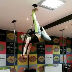 "Iwona Drzymała on Instagram: ""#aerial #aerialhoop #aerialhooptricks #lyra #hoopcombo #lyracombo #blacklips #lodz #aerialist #passion #circus #goodtraining #flexible…"""