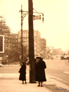 Trolley station, Broadway and Riverside Drive near Dyckman Street, 1925. (NYHS)
