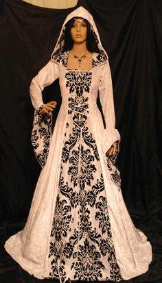 mesure robe gothique médiévale vampire par camelotcostumes sur Etsy