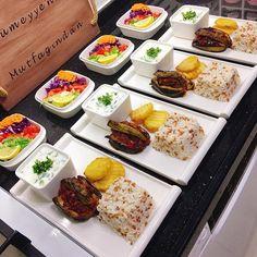🌟🌟harik to paylaşımlar🌟🌟 (@ harika.sofr A) Iftar, Plats Ramadan, Cooking Recipes, Healthy Recipes, Food Platters, Food Decoration, Food Goals, Turkish Recipes, Food Design