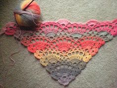 003 by ilonaballard, via Flickr, fan, shawl, crochet shawl, triangular shawl, free pattern, shawl