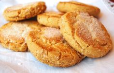Perrunillas: Traditional cookie of Extremadura made of almonds, eggs, sugar, flour...