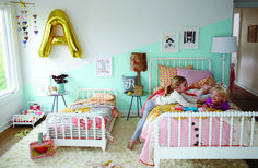 @landofnod & @momdotme are giving away a $1,000 Land of Nod shopping spree! Click for a chance to win.