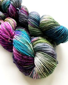 HAND DYED DONEGAL merino donegal nep blend by Fortheloveofyarnuk