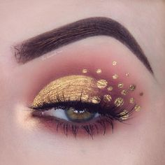 Maroon & Gold Eye Makeup By Laura Beth @theclassicalmua