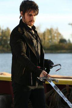 once upon a time hook dark   Once Upon A Time saison 5 : Killian Jones est le Dark Hook - spoilers ...