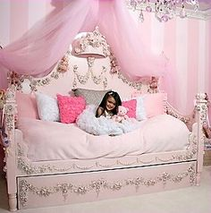 Decorating theme bedrooms - Maries Manor: Princess style bedrooms