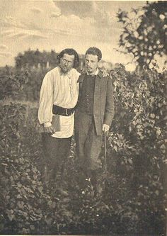 [Russia-1900] peasant look for disguises for Kent and Edgar? Firs and Trofimov?