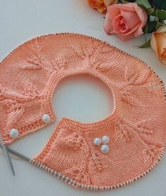 This Pin was discovered by Ner - Knitting patterns, knitting designs, knitting for beginners. Easy Knitting Patterns, Knitting For Kids, Crochet For Kids, Knitting Stitches, Knitting Designs, Baby Knitting, Crochet Baby, Knit Crochet, Crochet Flor