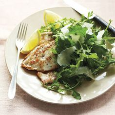 Low carb-alicious: Chicken Cutlets with Lemony Arugula Salad #chicken #recipes