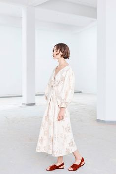 Emilia Wickstead Resort 2018 Collection Photos - Vogue