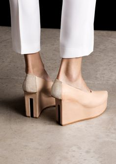 Split Heel Shoes - innovative footwear design, chic fashion details // & Other Stories