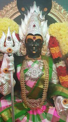 Mariamma Durga Painting, Tanjore Painting, Kali Goddess, Indian Goddess, Hindu Deities, Hinduism, All God Images, Kali Hindu, Ganesh Wallpaper