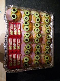 Billedresultat for rugbrødsmand Good Food, Fun Food, Fruits And Vegetables, Healthy Dinner Recipes, Kids Meals, Sushi, Birthdays, Appetizers, Fancy
