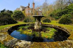 Potters Manor by The Urban Adventure, via Flickr