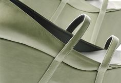 GUARDANDO IL MURO designed by Lucia Pontremoli | WHAT'S MORE ALIVE THAN YOU™ - E-shop http://e-shop.whatsmorealivethanyou.com/wmaty/Welcome.do
