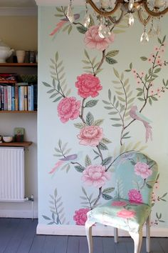 Fabulous chinoiserie style wallpaper panel, adds a luxury hand painted look to a feature wall. wide x height of your wall. printed on thick non woven paper. Floral Bedroom, Chinoiserie Wallpaper, Hand Painted Walls, Decoration Originale, Decoration Inspiration, Wallpaper Panels, Painted Wallpaper, Home And Deco, Beautiful Wall