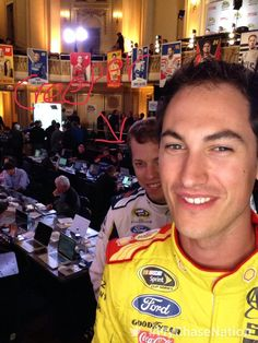 Join my nation: http://nas.cr/MyChaseNation #MyChaseNation with @joeylogano pic.twitter.com/keZsxj5EWF