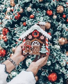 Christmas trees & Ginger bread houses 🎄🏠 ⋆ ARE YOU EXCITED FOR HOLIDAY S. The little awareness of the absolute most romantic party of the entire year Eieiei, the Christmas ce Christmas Feeling, Days Until Christmas, Christmas Time Is Here, Merry Little Christmas, Noel Christmas, Winter Christmas, Christmas 2019, Christmas Cookies, Christmas Quotes