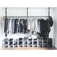 ideas closet organization hanging clothes drawers for 2019 Wardrobe Closet, Closet Space, Open Wardrobe, Wardrobe Clothing, Wardrobe Ideas, Bedroom Wardrobe, Closet Ideas, Hanging Clothes, Clothes Hanger