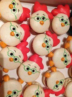 Macarons chiken little pixar :9