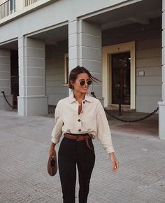 Casual Fashion Style Outfits Cool Source by JenFashions Style Outfits, Mode Outfits, Fashion Outfits, Fashion Trends, Swag Fashion, Hippie Outfits, Classy Outfits, Fashion Pants, Fashion Styles
