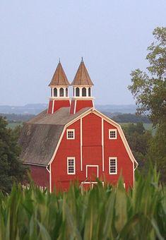 Two Cupola Barn, Peterson-Workman family farm, outside of Lincoln, Nebraska.  Photo: Nebraska Farm Boy