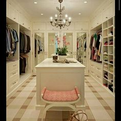 33 Walk In Closet Design Ideas to Find Solace in Master Bedroom – Lushome Walking Closet, Walk In Closet Design, Closet Designs, Bedroom Designs, Master Bedroom Closet, Dream Bedroom, Master Suite, Mezzanine Bedroom, Blue Bedroom