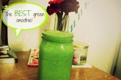 Want to stay full for HOURS?!?! 100% fruits & veggies! You need this recipe in your life! #greensmoothie #recipe
