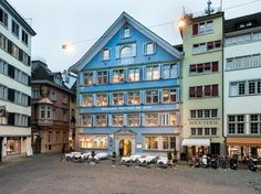 Zunfthaus zur Haus Restaurant, a great place to wine & dine in Zürich Great Places, Four Square, Switzerland, Restaurant, Wine, Mansions, Dining, House Styles, Home Decor