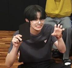 Kpop Group Names, Kpop Groups, Light Of My Life, Love And Light, Bambi Baby, Pretty Boys, Make Me Smile, Boyfriend, Fandom