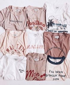 TEES : Can you spot the sneak peek? Tees that are sustainably and ethically made in Los Angeles Mode Outfits, Trendy Outfits, Summer Outfits, Teen Fashion, Fashion Outfits, Fashion Ideas, Womens Fashion, Fashion Tips, Mode Grunge