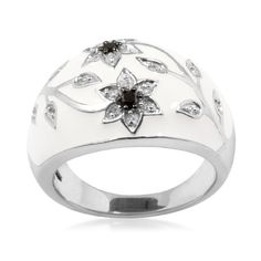 Amazon.com: Sterling Silver Black and White Diamond White Enamel Floral Ring (1/ 10 cttw, I-J Color, I3 Clarity): Jewelry