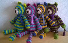 Tigriskölykök , amigurumitiger , crochettiger Amigurumi Toys, Dinosaur Stuffed Animal, Clay, Crochet, Animals, Clays, Animales, Animaux, Ganchillo