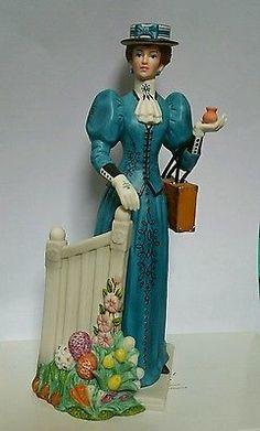 Avon 2009 Mrs. Albee President's Award Blue Dress - no box