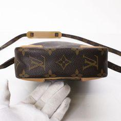 louis-vuitton-danube-cross-body-bag-browns-Louis-Vuitton-free-ship 6