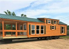 Gorgeous Ideas to create your perfect log cabin home in the woods or next to a river. A must-have to take refuge from our crazy crazy life. Tiny House Cabin, Tiny House Living, Tiny House On Wheels, Tiny House Design, Cabin Homes, Off Grid Tiny House, Tiny House Village, Farm House, Vanuatu